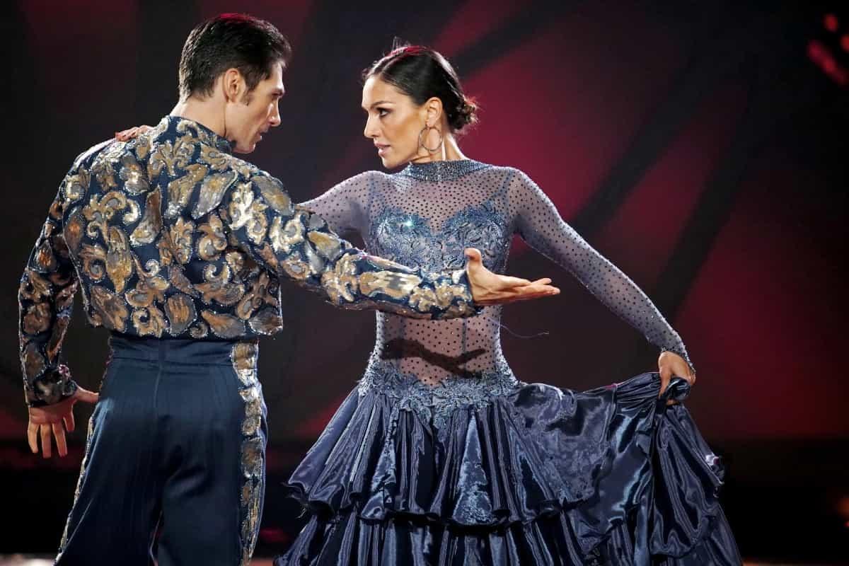 Let's dance 2019 am 7.6.2019 Meinung, Kritik Stunden der Wahrheit - hier im Bild die ausgeschiedene Nazan Eckes mit Christian Polanc