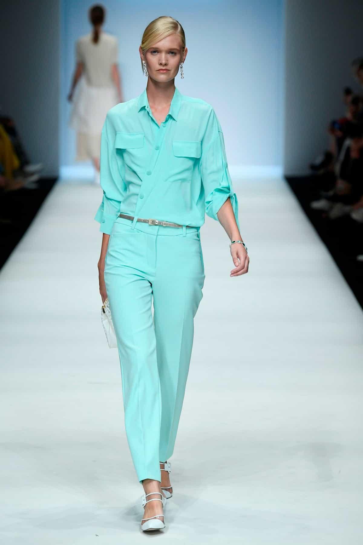 Mode von Riani Kollektion Frühjahr-Sommer 2020 zur Fashion Week Berlin im Juli 2019 - 2