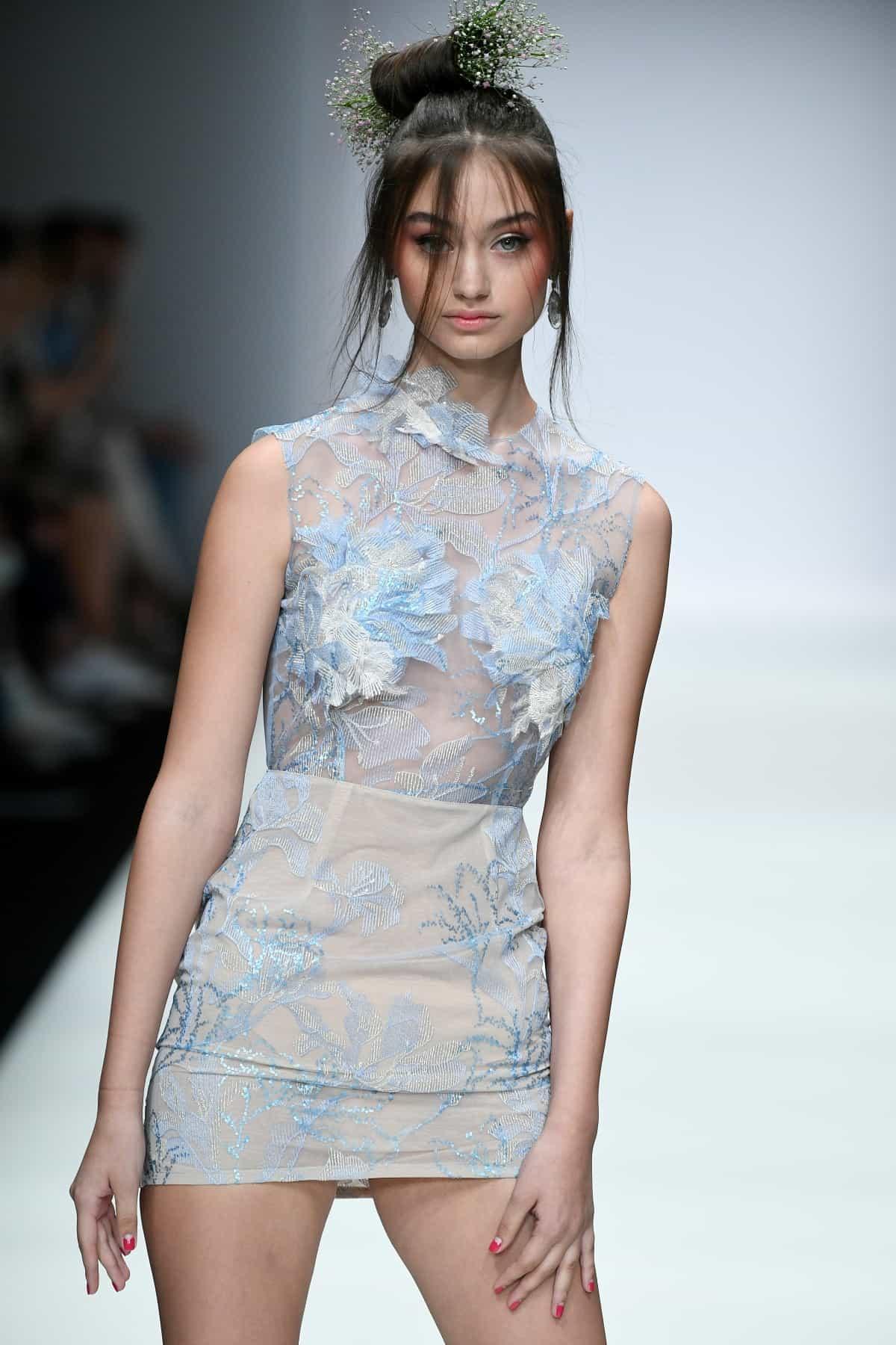 Sommerkleider 2020 von Lana Mueller zur MBFW auf der Fashion Week Berlin Juli 2019 - 4