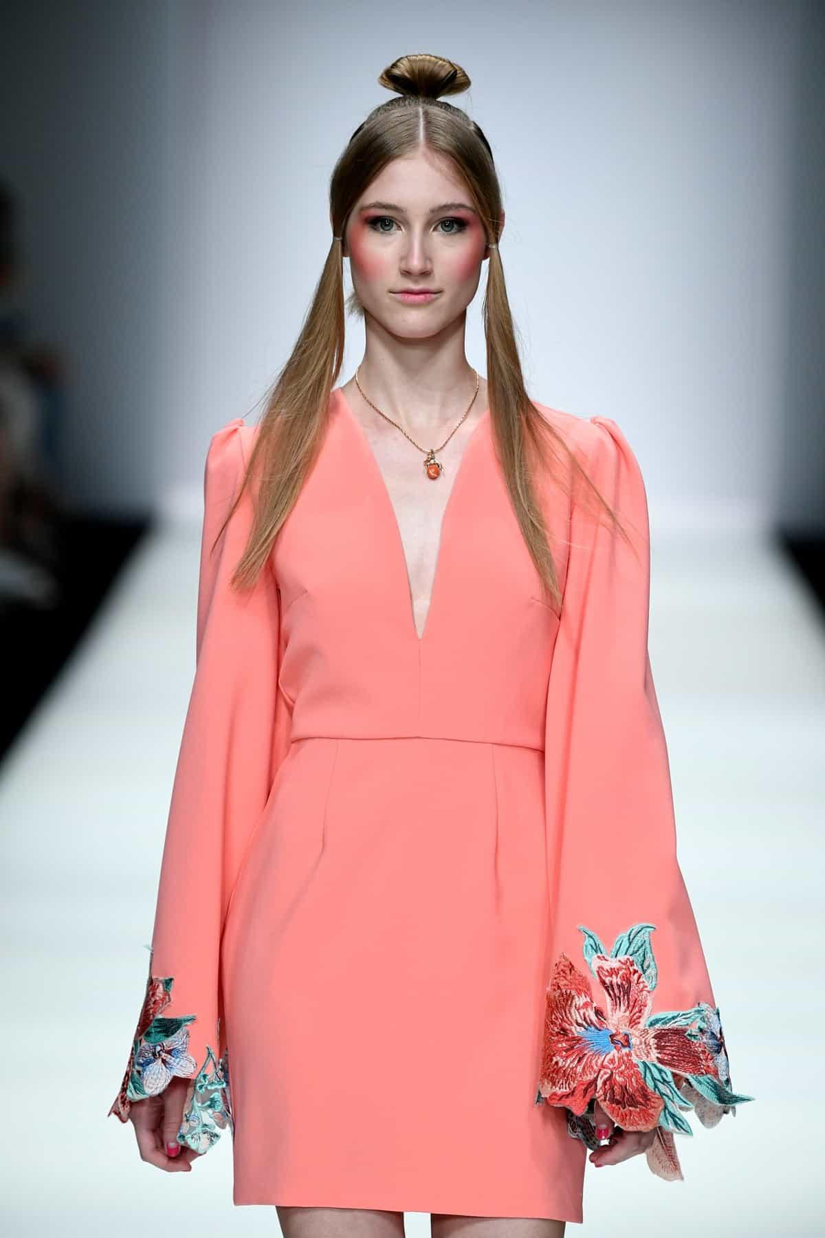 Sommermode 2020 von Lana Mueller zur MBFW auf der Fashion Week Berlin Juli 2019 - 2