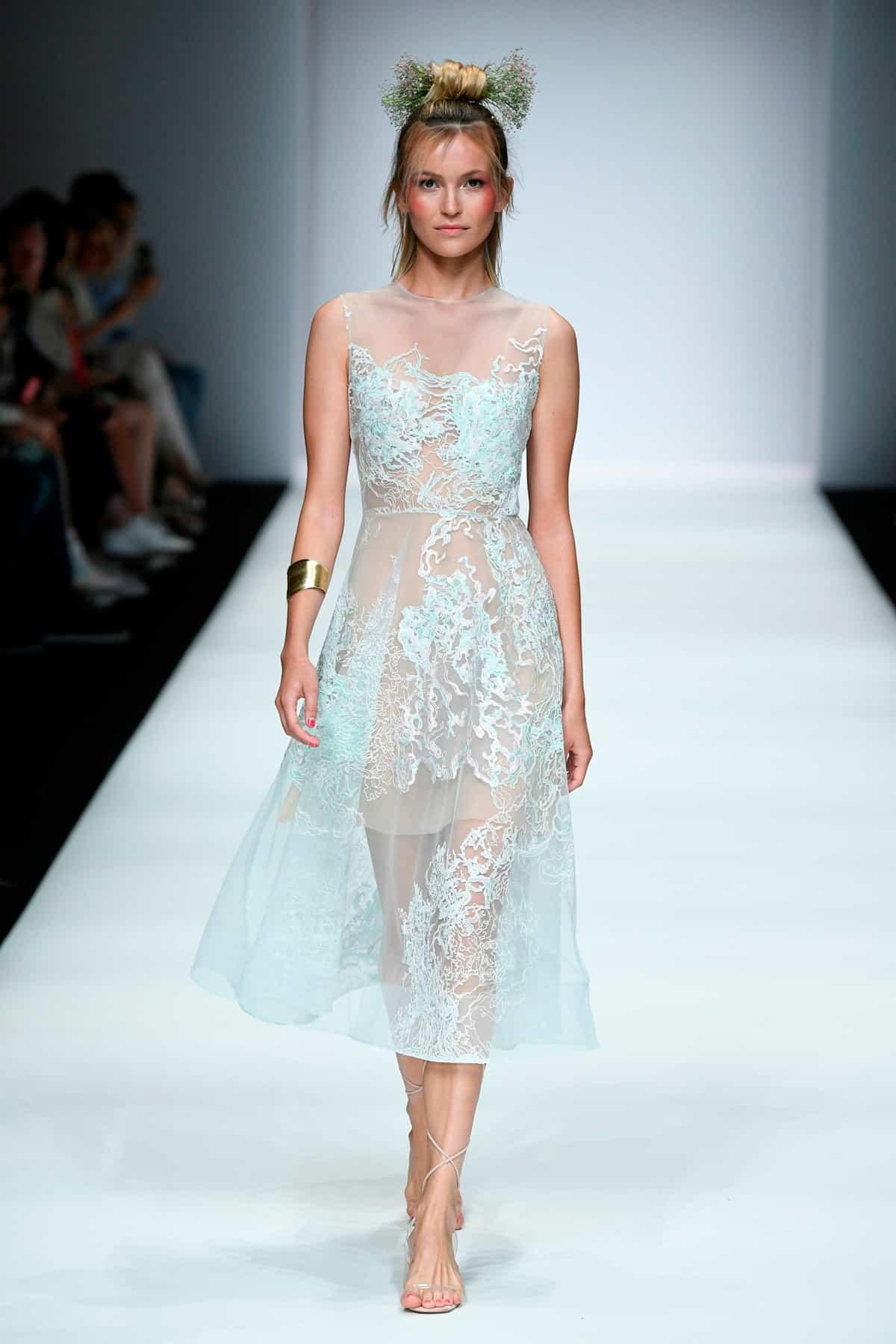 Sommermode 2020 von Lana Mueller zur MBFW auf der Fashion Week Berlin Juli 2019 - 4