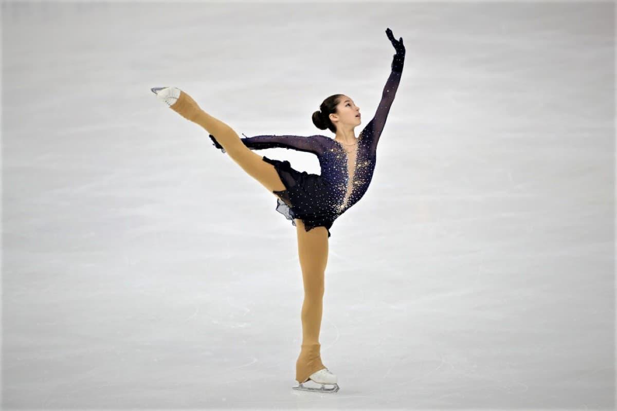 Alysa Liu aus den USA - Platz 1 Eiskunstlauf Junior Grand Prix USA 2019