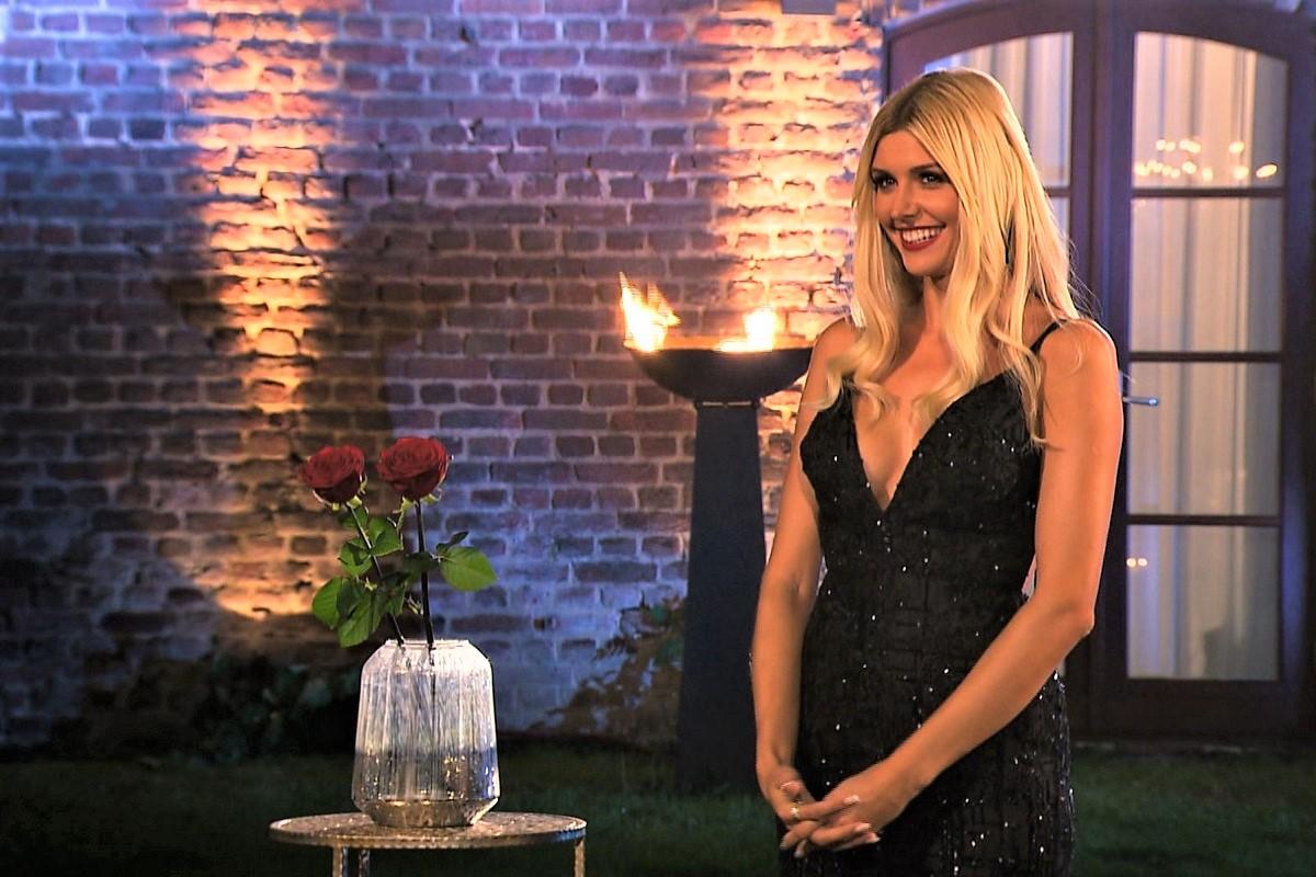 Gerda in der Nacht der Rosen bei der Bachelorette am 28.8.2019