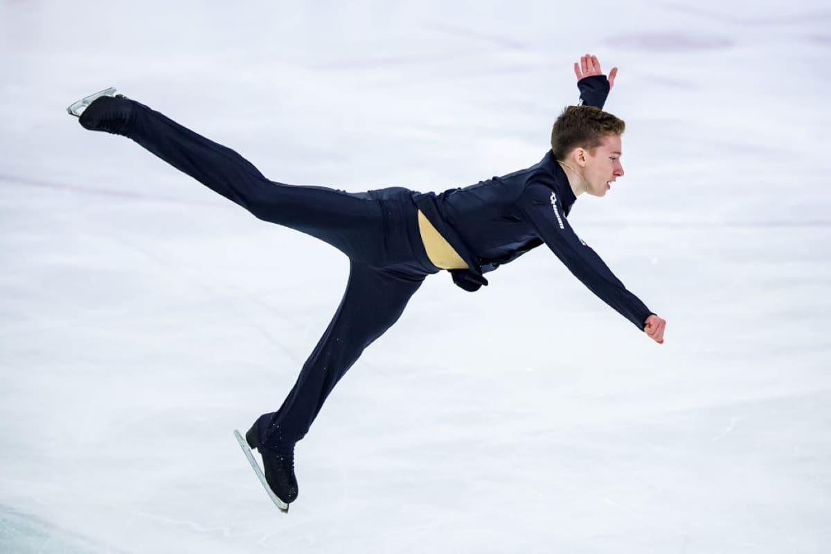 Andrei Mozalev aus Russland beim Junior Grand Prix 2019 in Lettland