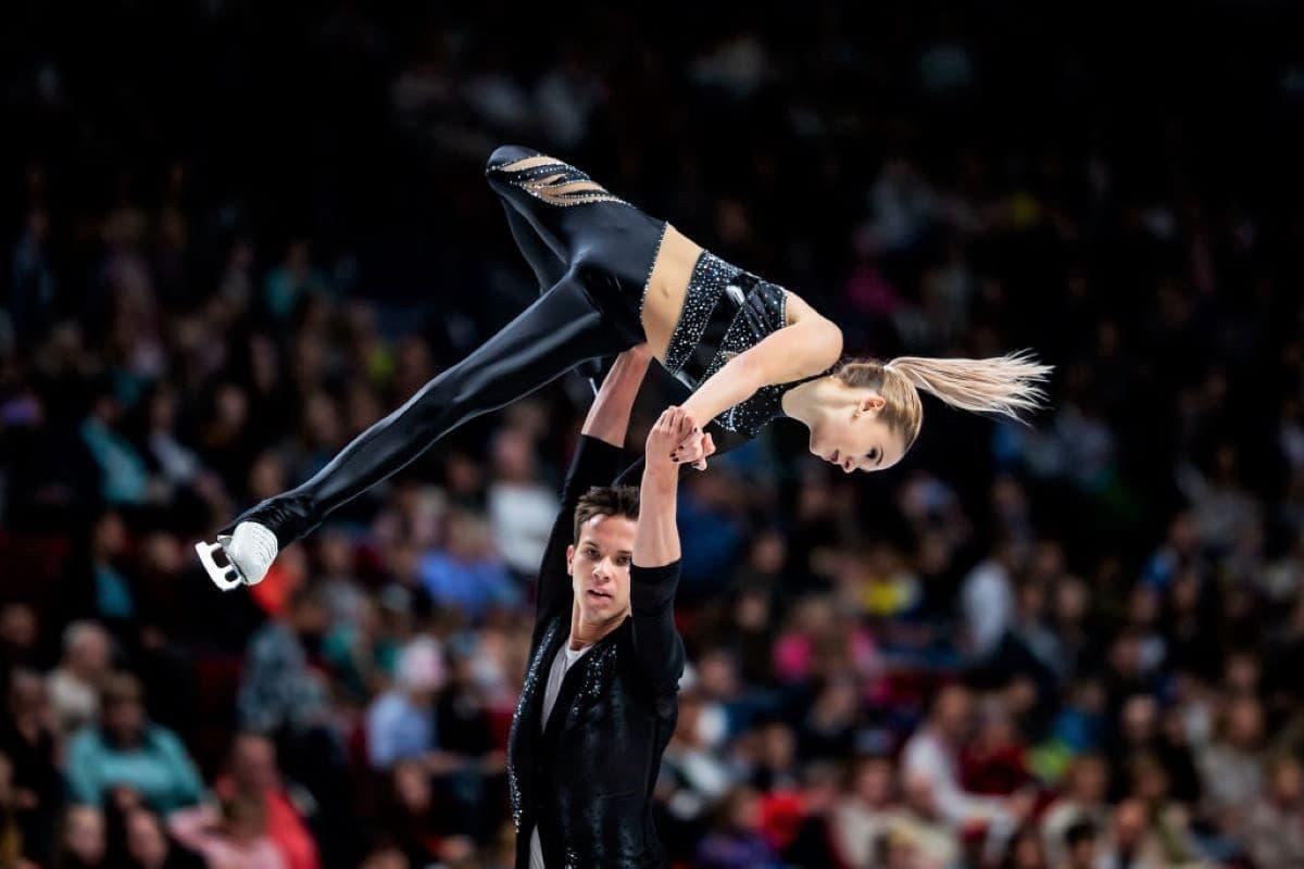 Kseniia Akhanteva - Valerii Kolesov beim ISU Junior Grand Prix 2019 in Russland