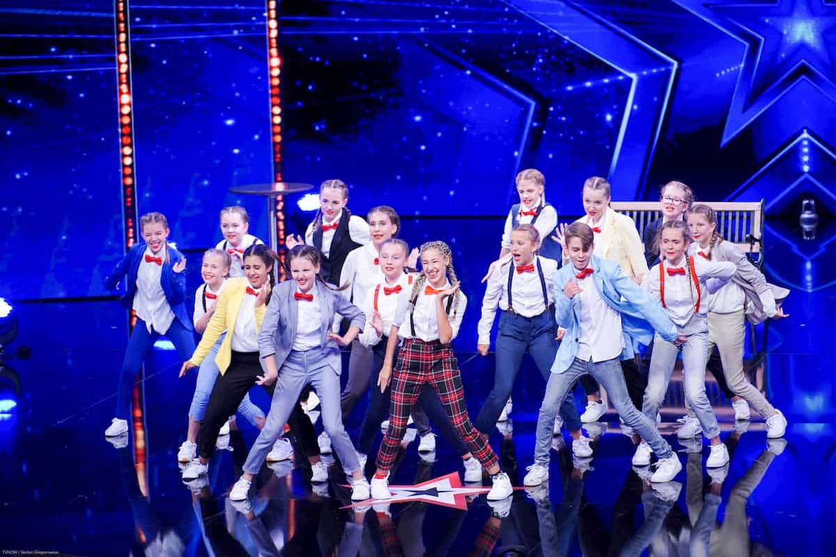 Dance A.kt-Tänzer - Trainerin Tanja Kuschull - beim Supertalent am 12.10.2019