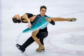 Eiskunstlauf Junior Grand Prix Enga-Neumarkt 3.-5.10.2019 Ergebnisse, Zeitplan - hier Elizabeta Khudaiberdieva - Andrey Filatov aus Russland