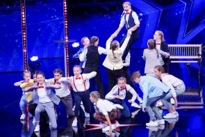 Supertalent am 12.10.2019 - Alle Kandidaten vorgestellt - hier Dance A.kt, Trainerin Tatjana Kuschill