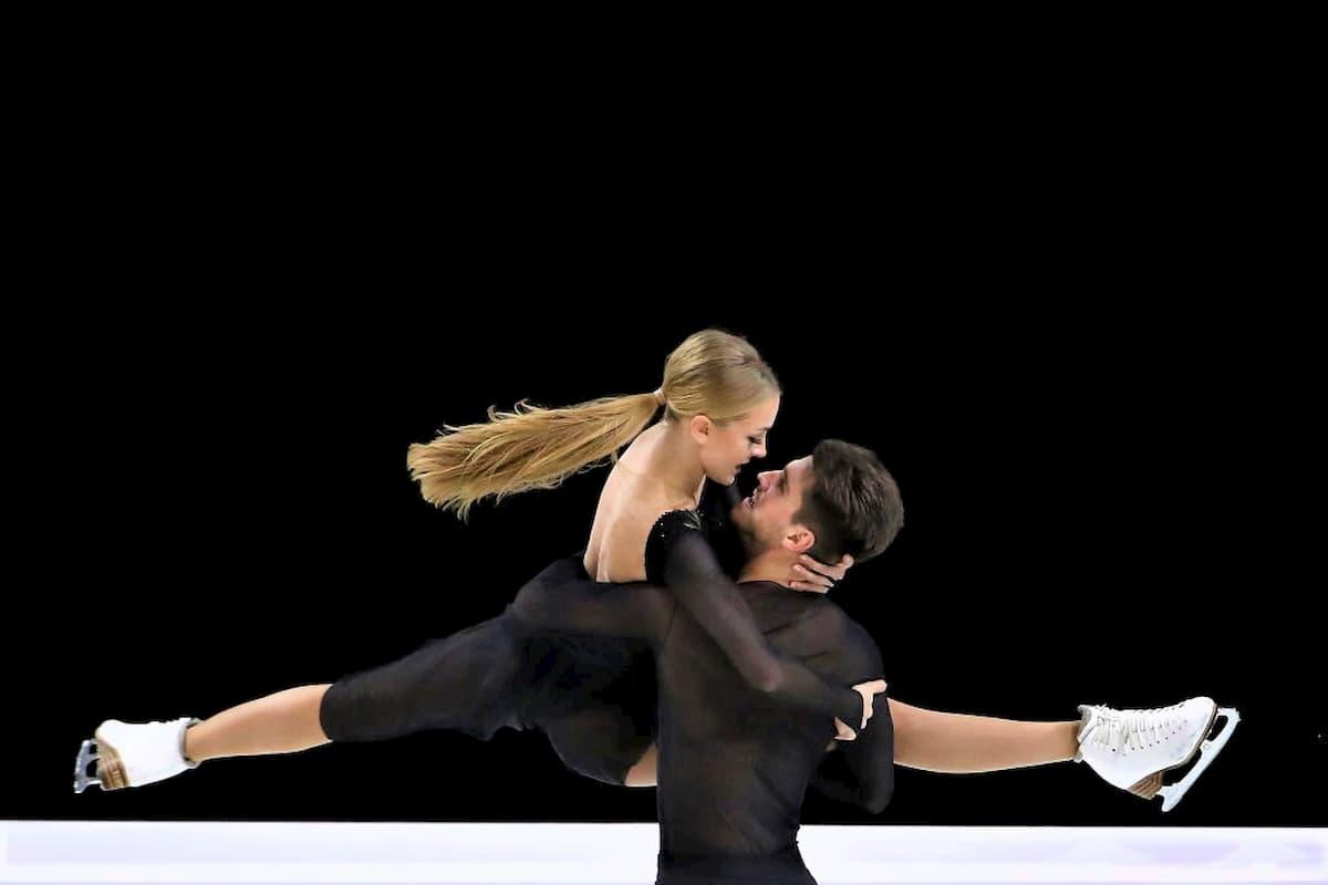 Alexandra Stepanova - Ivan Bukin - Eistanz-Paar mit Chancen auf das Grand Prix - Finale 2019