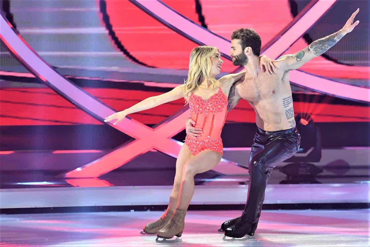 Dancing on Ice am 22.11.2019 Punkte, wer wird ausscheiden Songs - hier Andre Hamann - Stina Martini bei ihrem Auftritt zuletzt