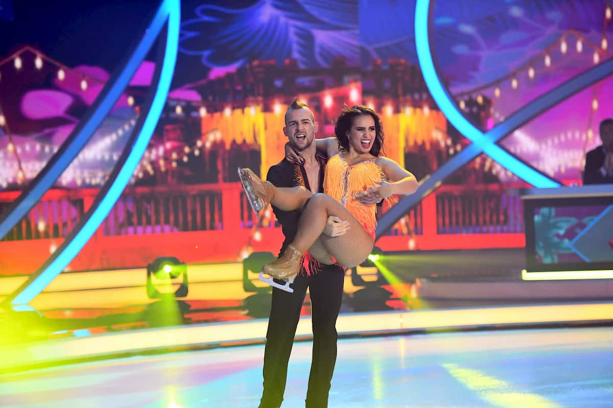 Eric Stehfest - Amani Fancy bei Dancing on Ice am 29.11.2019
