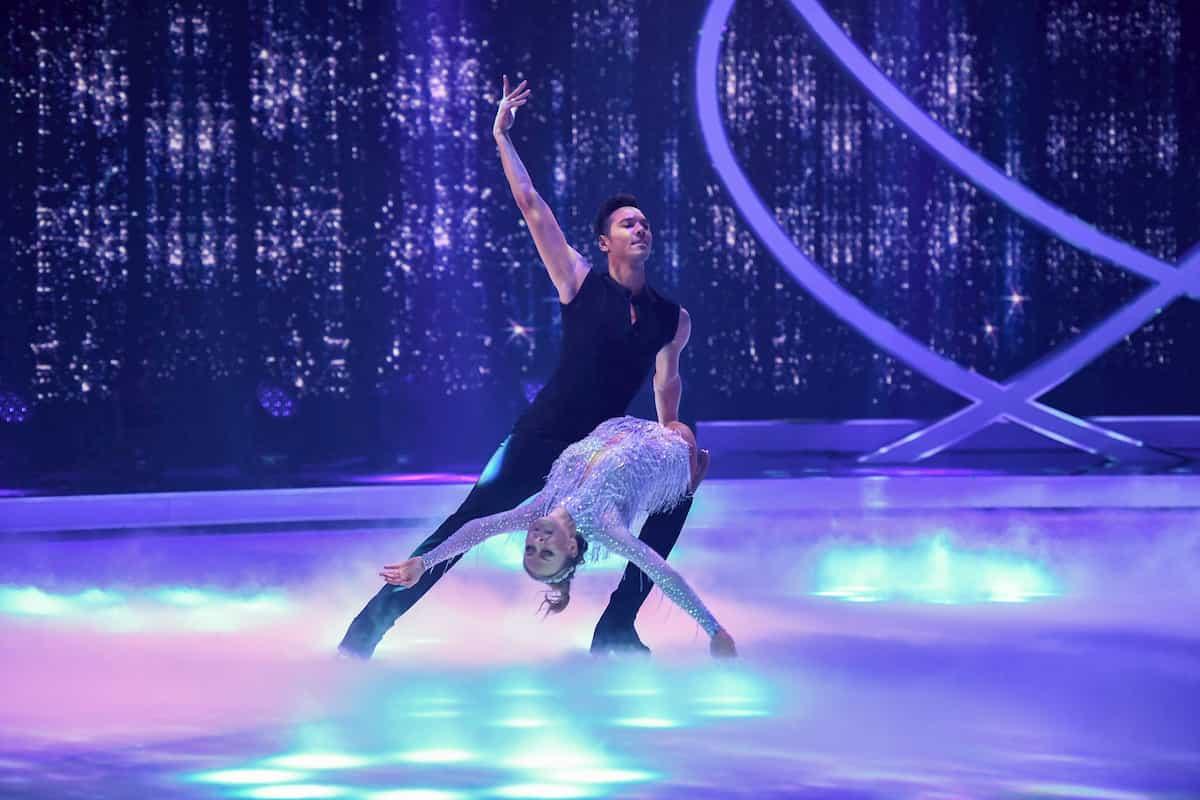 Jenny Elvers - Jamal Othman bei Dancing on Ice am 22.11.2019