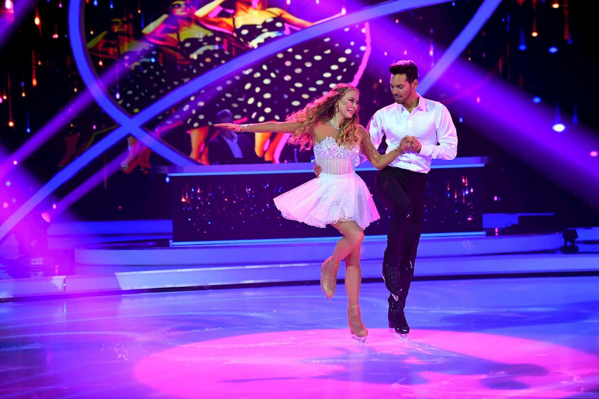Jenny Elvers - Jamal Othman bei Dancing on Ice am 29.11.2019
