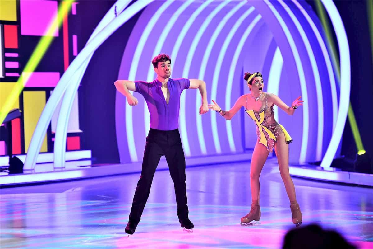 Klaudia mit K -Sevan Lerche bei Dancing on Ice am 15.11.2019
