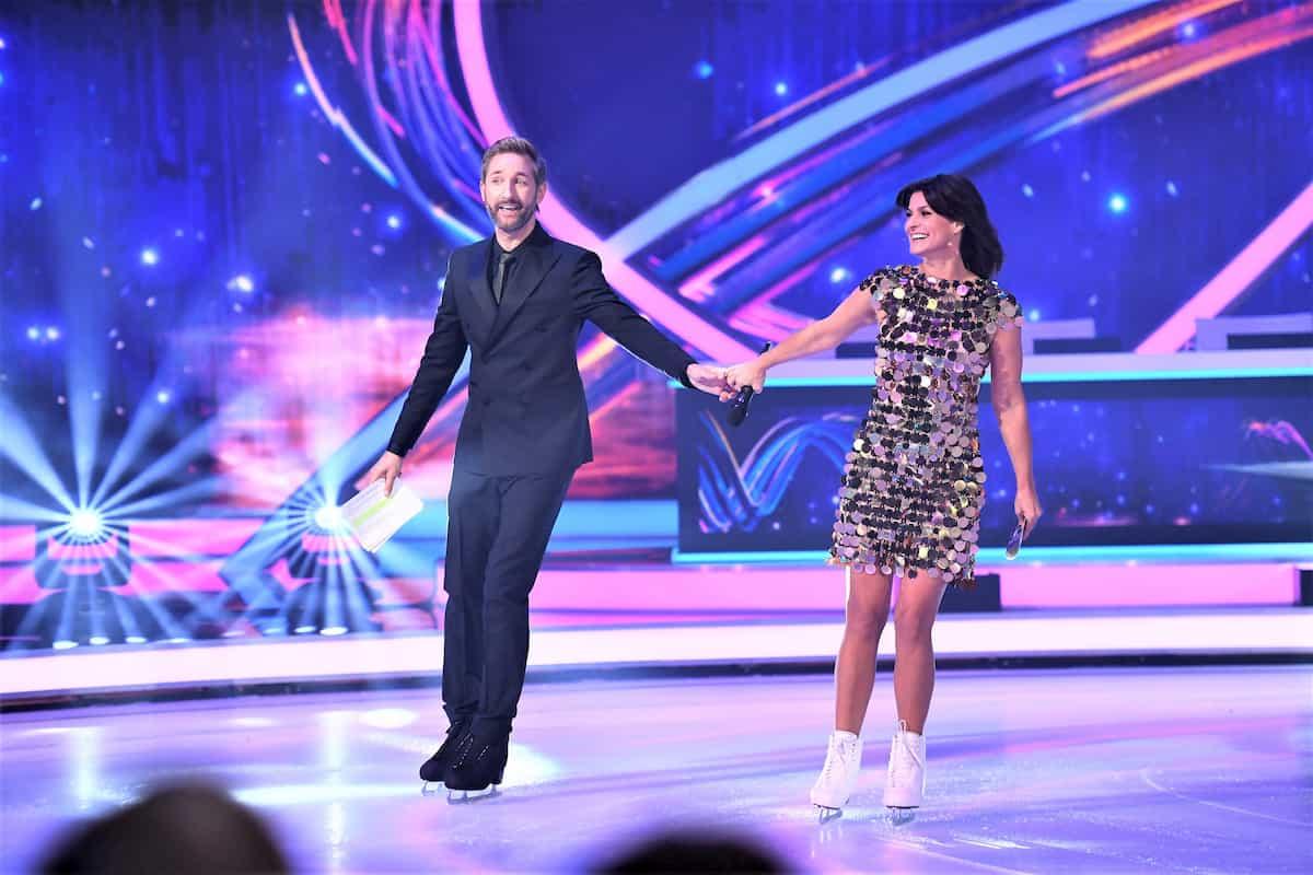 Marlene Lufen und Daniel Boschmann Moderatoren bei Dancing on Ice am 15.11.2019