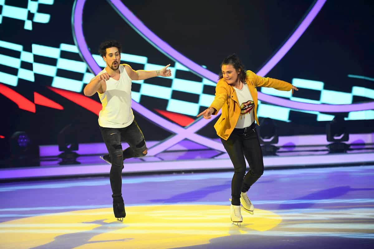 Nadine Angerer - David Vincour bei Dancing on Ice am 22.11.2019