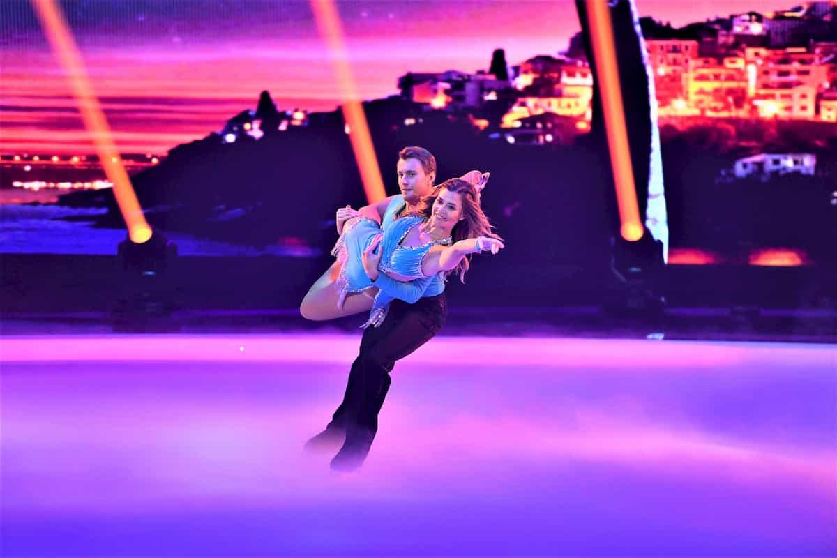 Nadine Klein - Niko Ulanovsky bei Dancing on Ice am 15.11.2019