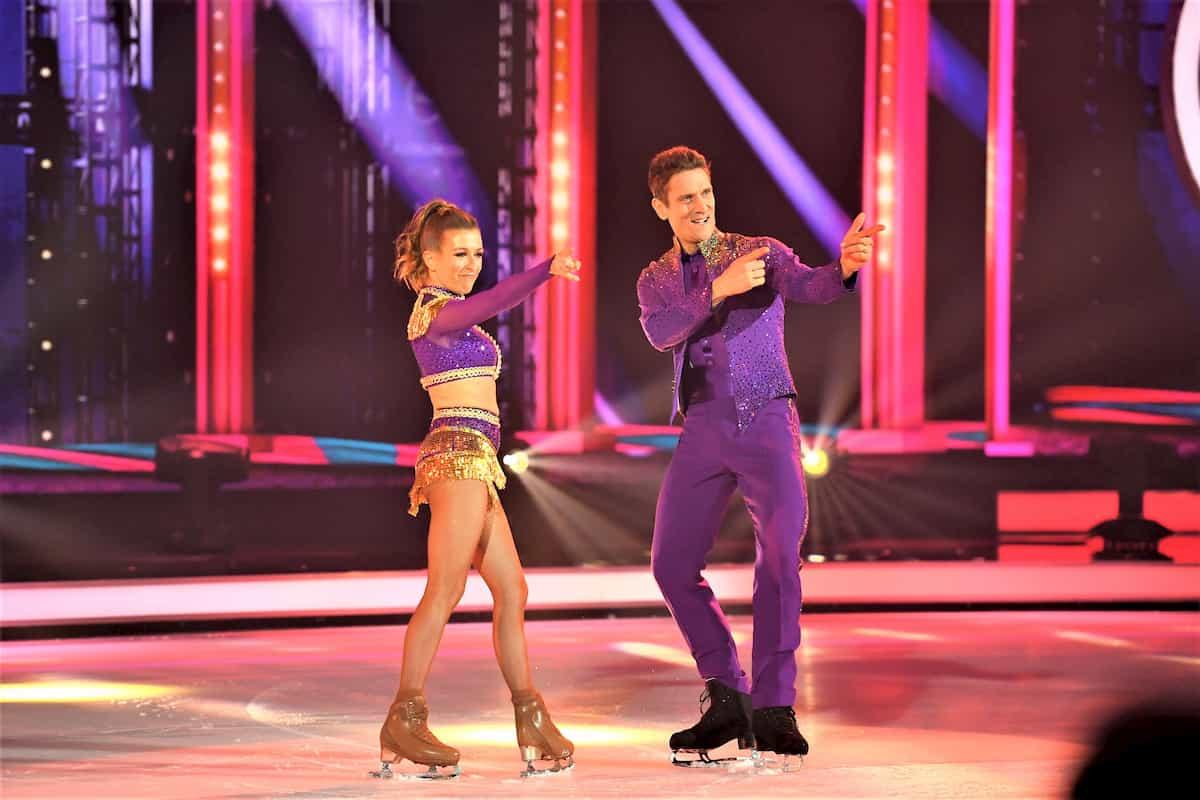 Peer Kusmagk - Kat Rybkowski bei Dancing on Ice am 15.11.2019