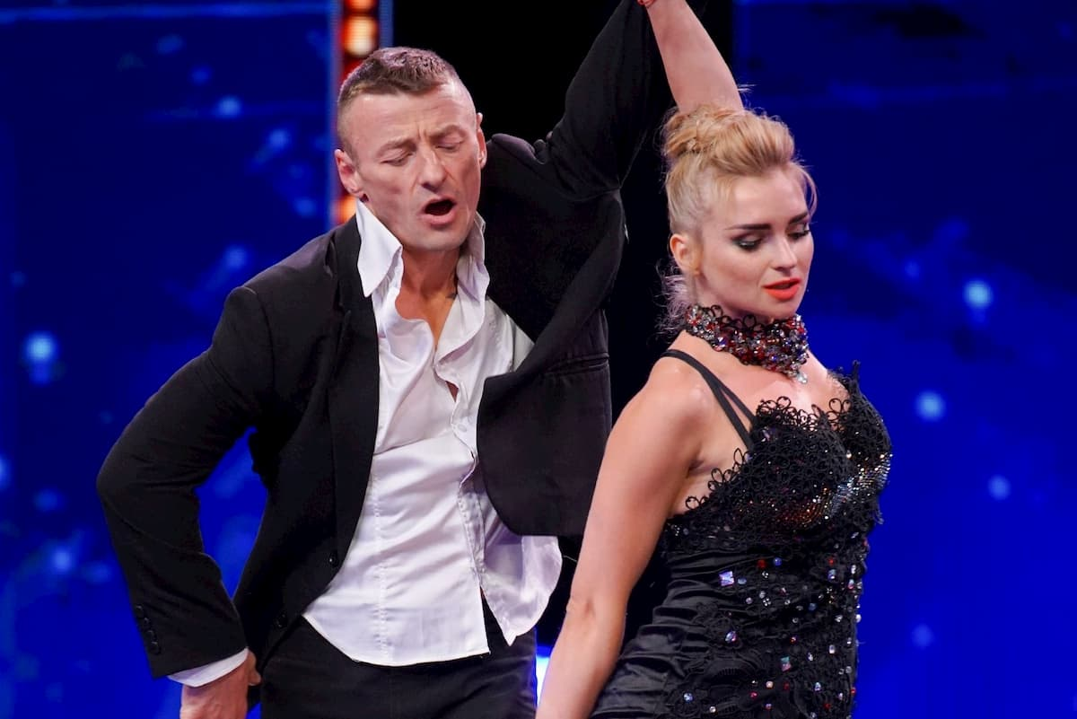 Supertalent am 9.11.2019 - Alle Kandidaten, hier Illya Strakhov und Anastasiia Strakhova