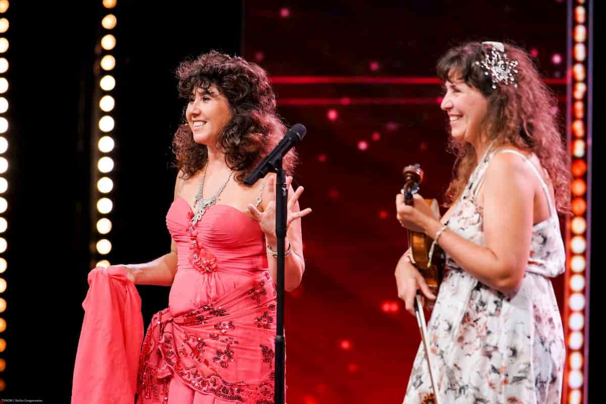 Viola Fabretti und ihre Schwester als Kandidatin beim Supertalent am 30.11.2019