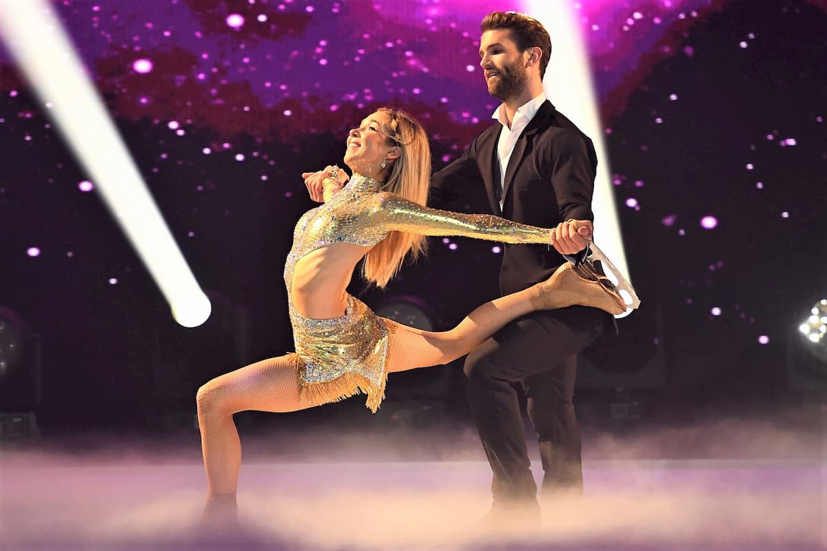 Andre Hamann und Stina Martini bei Dancing on Ice 2019