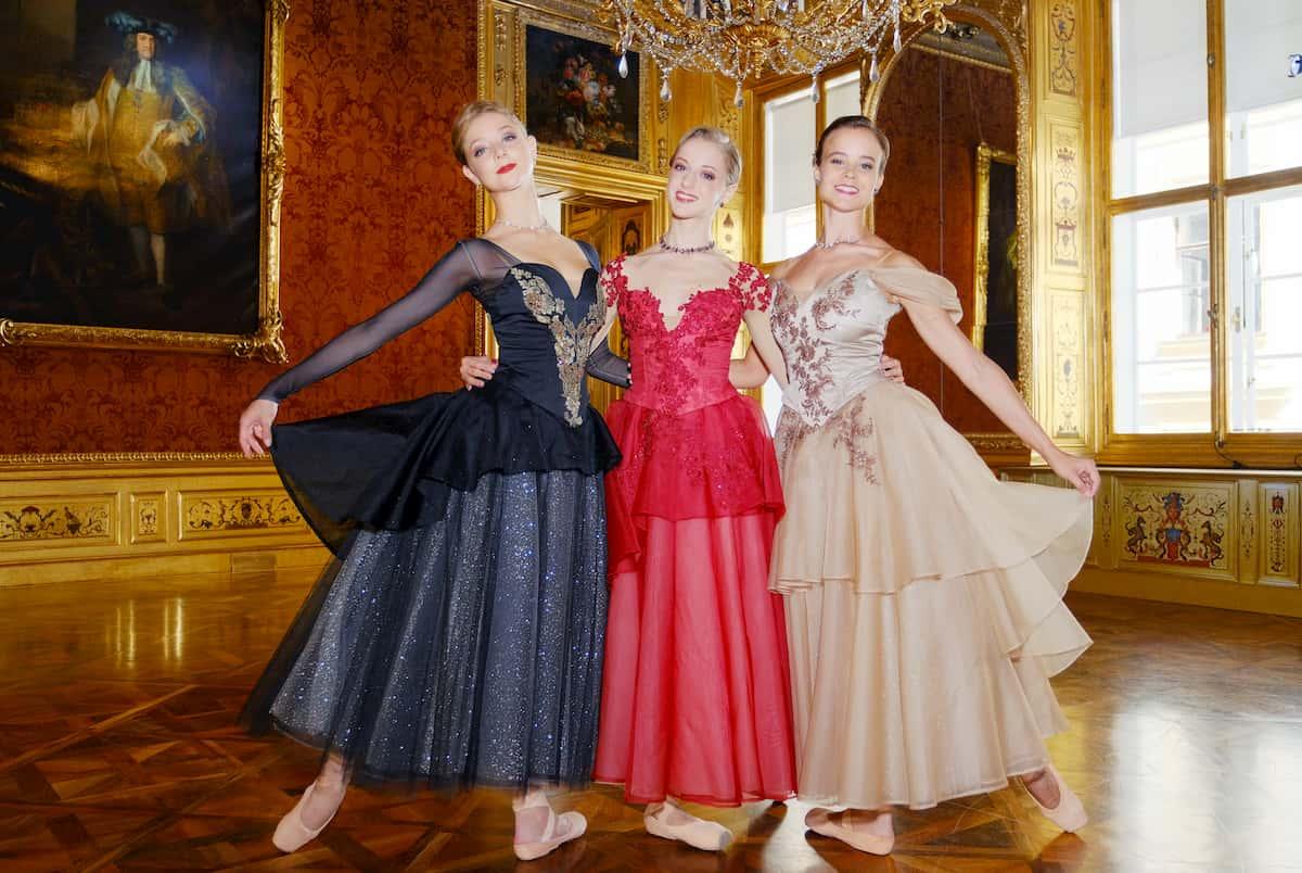 Ballett-Tänzerinnen Madison Young, Natascha Mair und Nina Tonoli