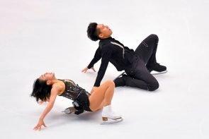 Eiskunstlauf ISU Grand Prix Finale 2019 5.-8.12.2019 Turin, Italien - hier Eisksuntlauf-Paar Wenjing Sui - Cong Han