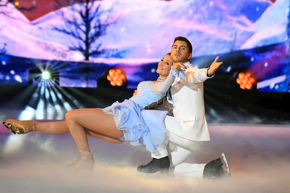 Joey Heindle - Ramona Elsener bei Dancing on Ice am 6.12.2019