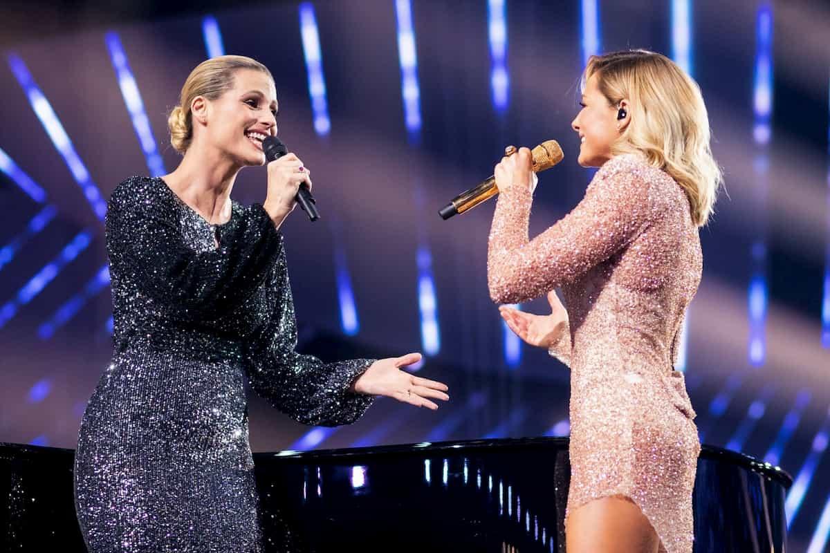 Michelle Hunziker und Helene Fischer in der Helene Fischer Show 2019 am 25.12.2019
