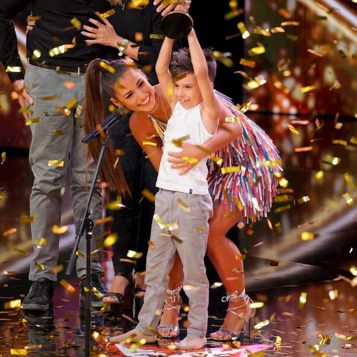Mirko Casella im Finale Supertalent am 21.12.2019 - hier mit Sarah Lombardi