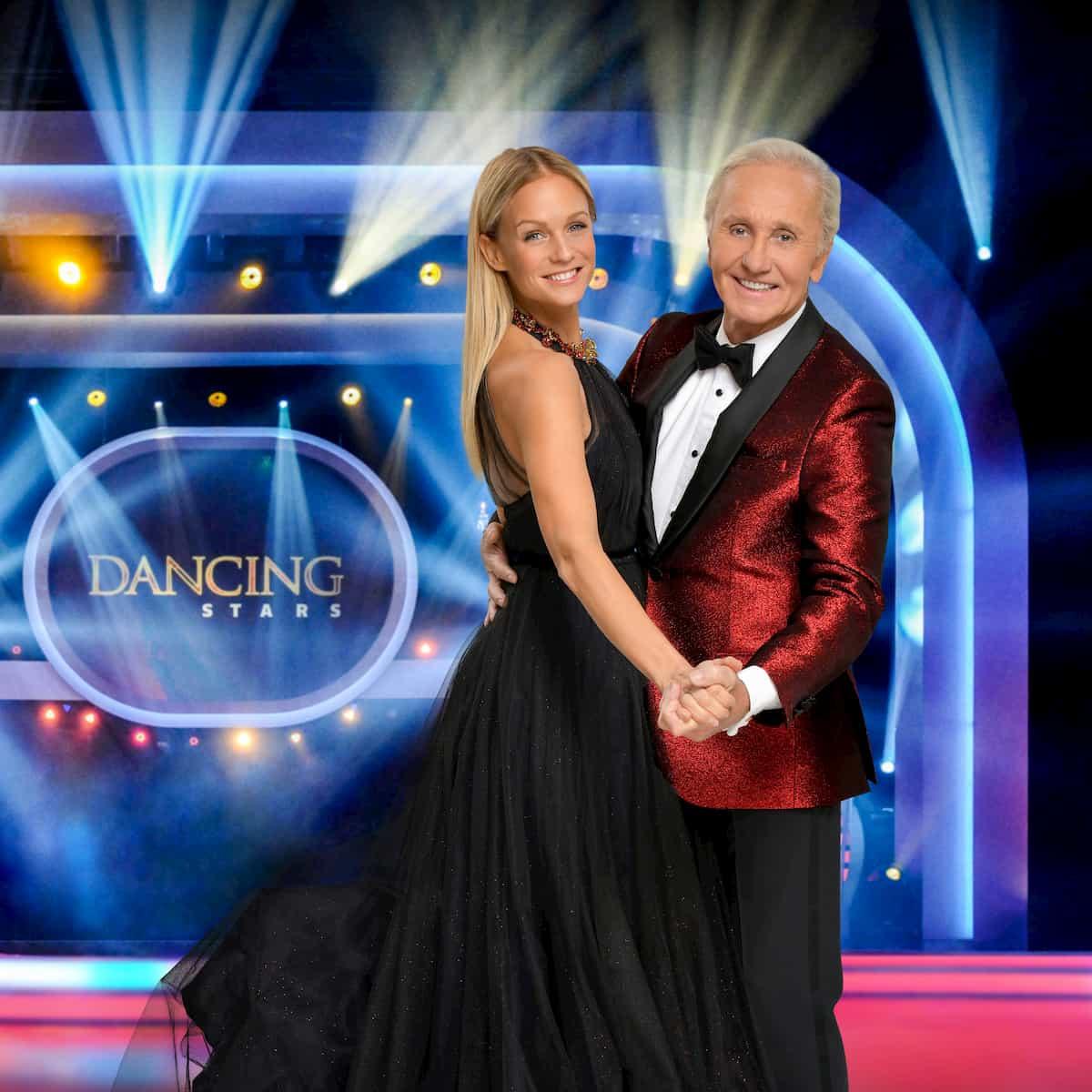 Moderatoren Dancing Stars 2020 Mirjam Weichselbraun und Klaus Eberhartinger