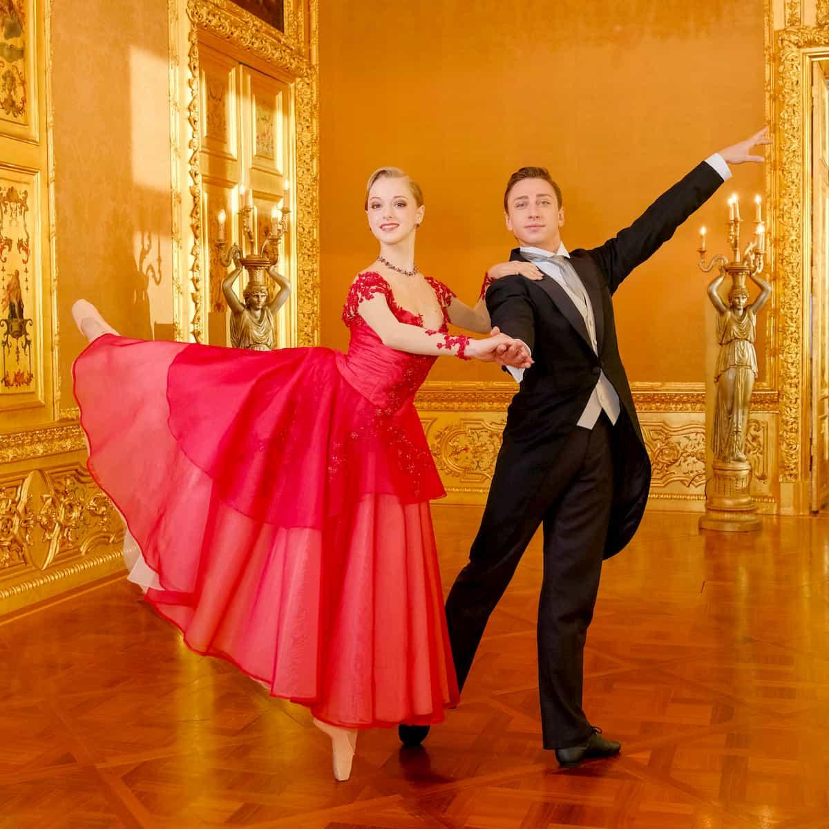 Natascha Mair und Denis Cherevychko - Ballett-Tänzer beim Neujahrskonzert 2020 der Wiener Philharmoniker