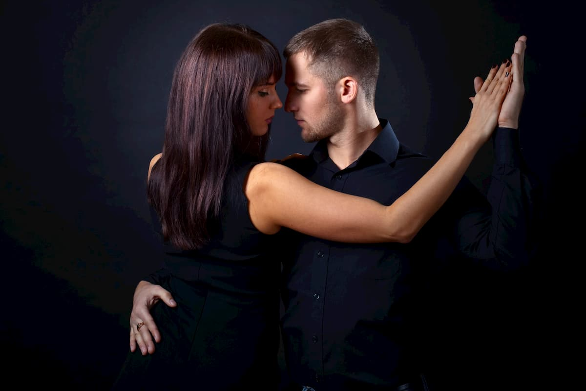 Tango Stuttgart -Tanzkurse, Milongas, Termine, Tango-Tanzschulen