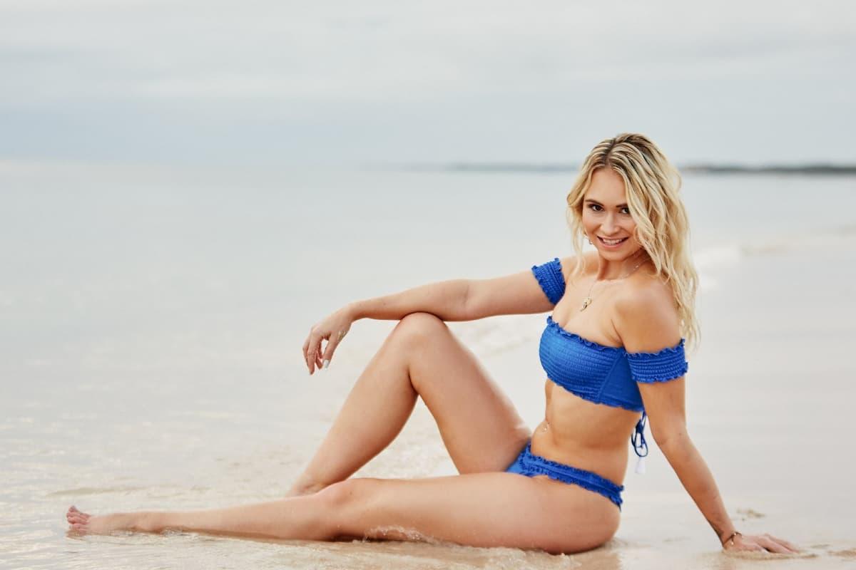 Denise-Jessica im Bikini als Bachelor-Kandidatin 2020