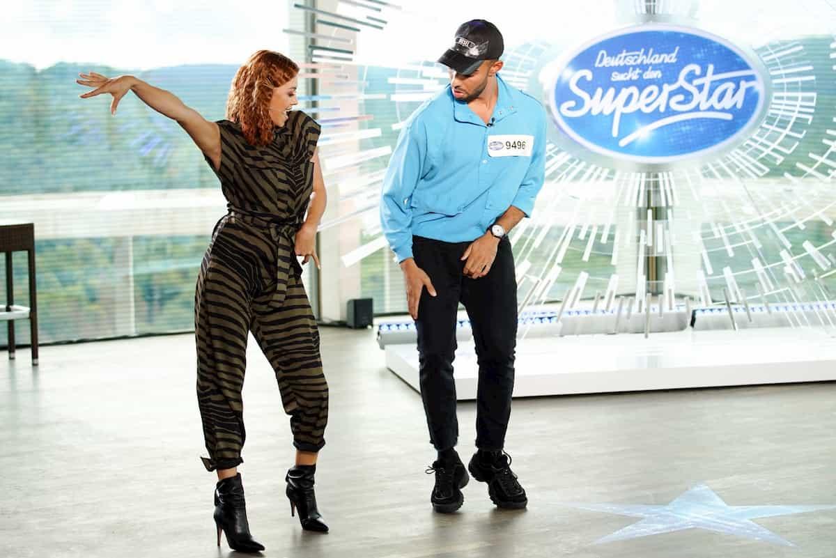Oana Nechiti und Brian Hinds tanzen bei DSDS am 11.1.2020