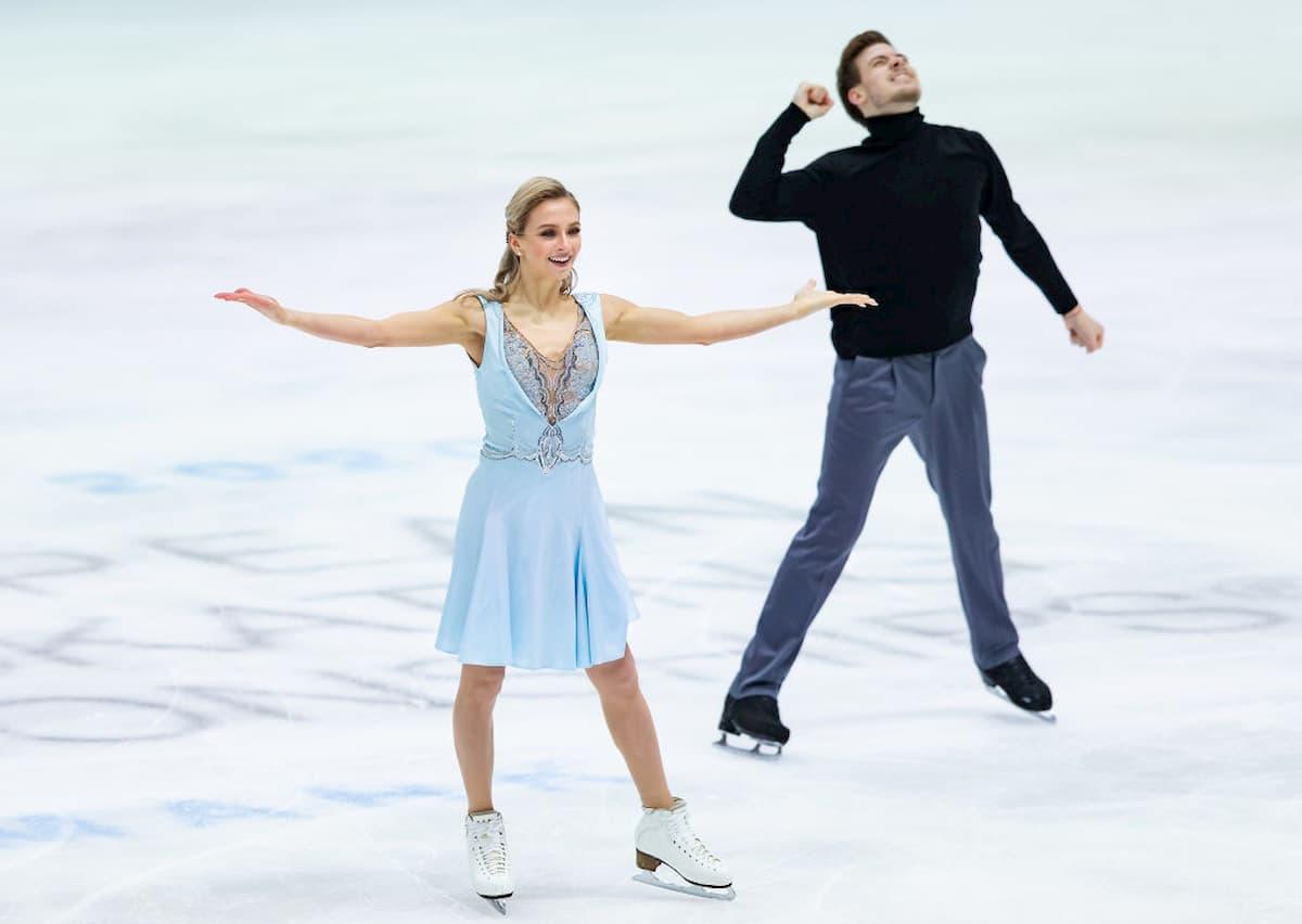 Victoria Sinitsina - Nikita Katsapalov ganz knapp auf Platz 2 nach dem Rhythm Dance zur EM 2020 im Eistanz