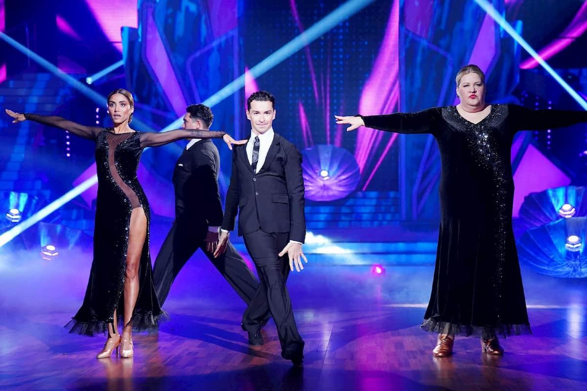 Gruppe Sabrina Setlur und Ilka Bessin bei Let's dance am 21.2.2020 mit den Profis Erich Klann und Andrzej Cibis