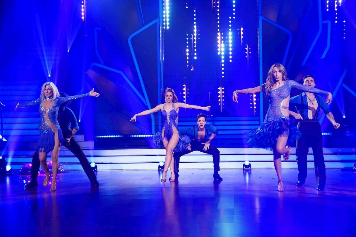 Gruppe Ulrike von der Groeben, Luca Hänni und Loiza Lamers bei Let's dance am 21.2.2020 mit dem Profis Massimo Sinato, Christina Luft und Robert Beitsch