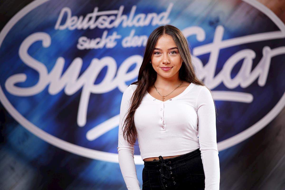 Nicole Frolov ist bei DSDS 2020 unter den TOP 26 Kandidaten im Auslands-Recall