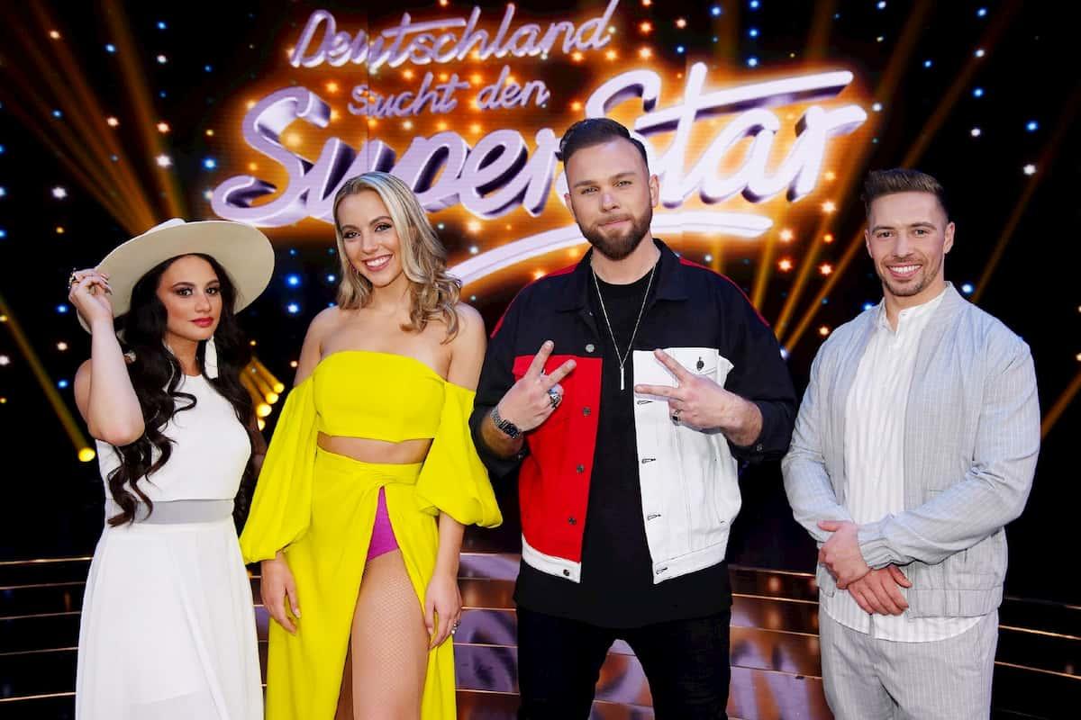 DSDS 2020 Die Top 4 Kandidaten für das DSDS-Finale 2020 - hier im Bild Chiara D'Amico, Paulina Wagner, Joshua Tappe und Ramon Kaselowsky-Roselly