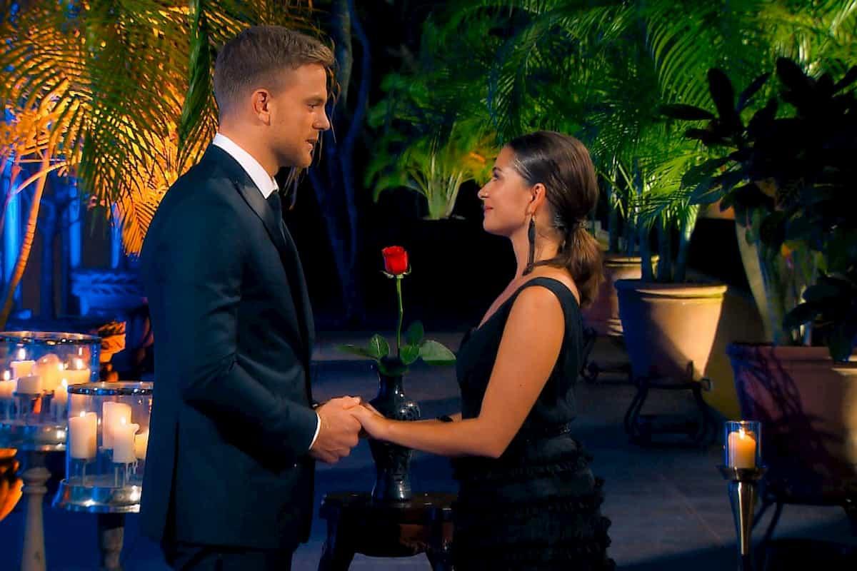 Diana und Sebastian im Moment der Entscheidung im Finale Bachelor am 4.3.2020