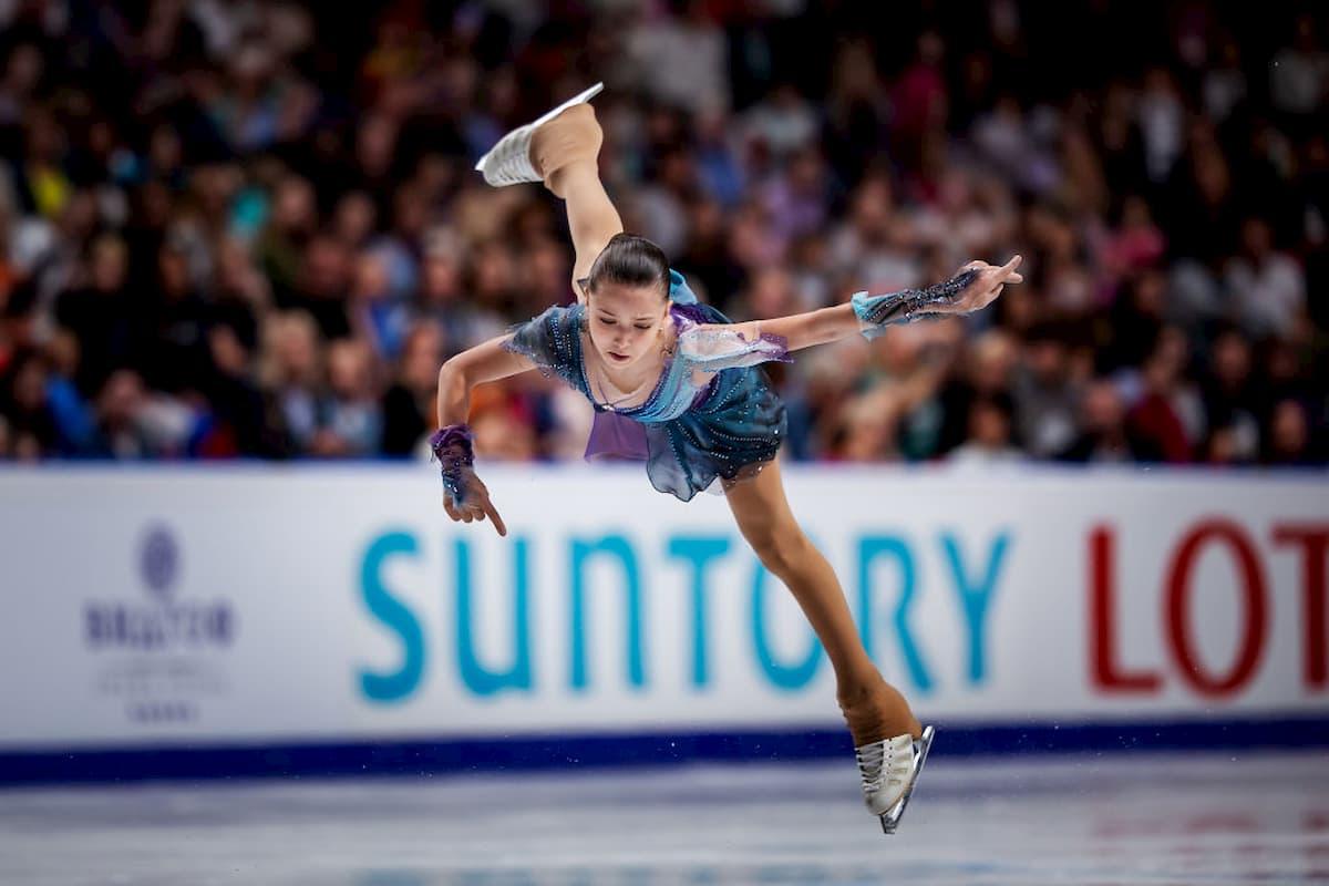 Kamila Valieva aus Russland - Favoritin zur Junioren-WM 2020 im Eiskunstlauf