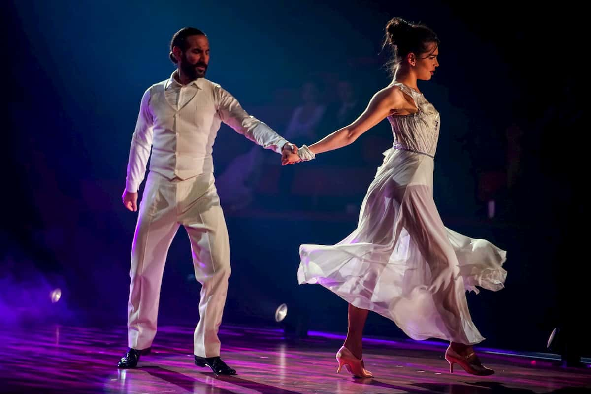 Lili Paul-Roncalli und Massimo Sinato bei Let's dance am 27.3.2020