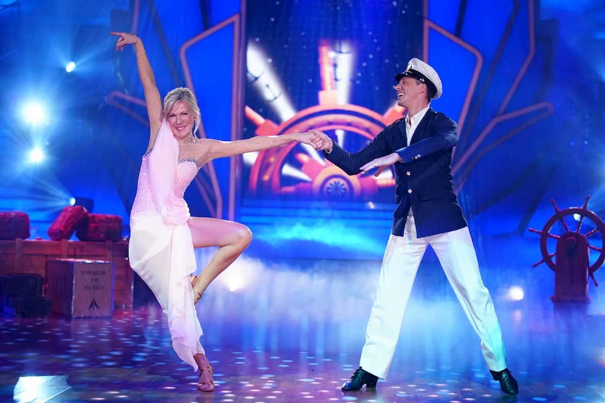 Ulrike von der Groeben - Valentin Lusin bei Let's dance am 6.3.2020