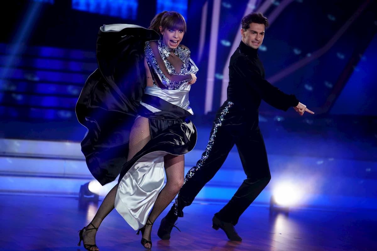 Ausgeschieden bei Let's dance 2020 am 17.4.2020 - Loiza Lamers und Andrzej Cibis