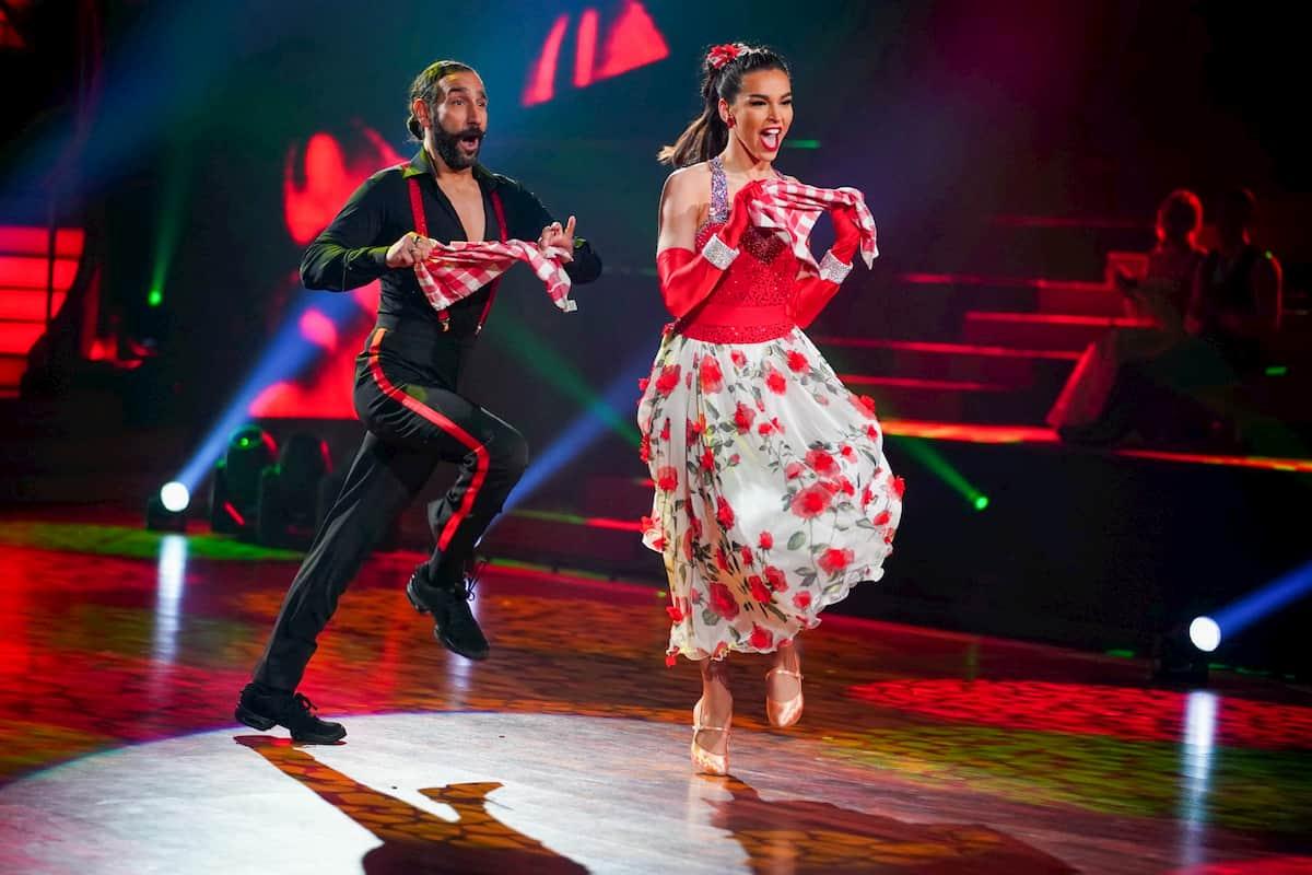 Lili Paul-Roncalli - Massimo Sinato bei Let's dance am 3.4.2020