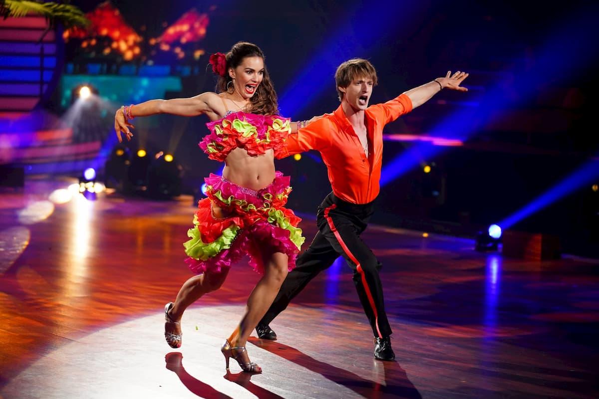 Moritz Hans und Renata Lusin mit Samba bei Let's dance am 24.4.2020
