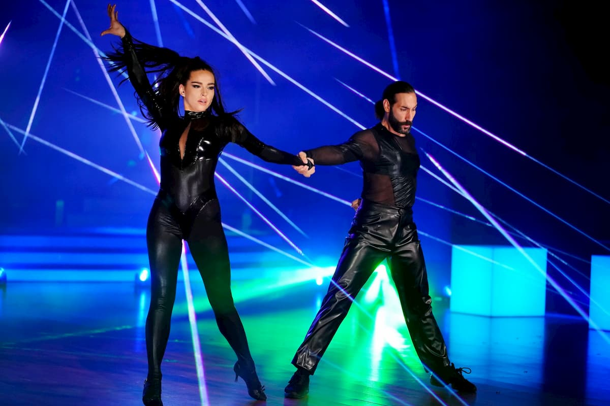 Lili Paul-Roncalli - Massimo Sinato bei Let's dance am 1.5.2020