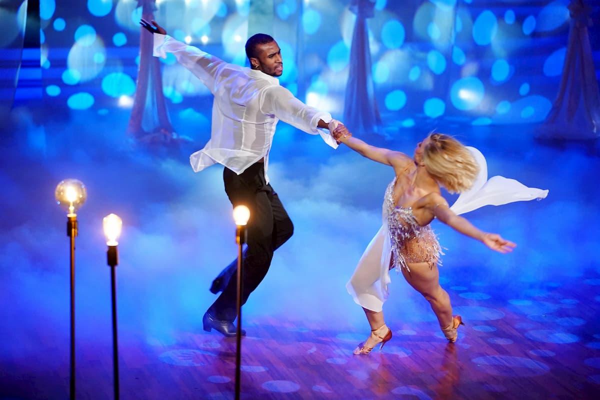Tijan Njie - Kathrin Menzinger bei Let's dance am 1.5.2020