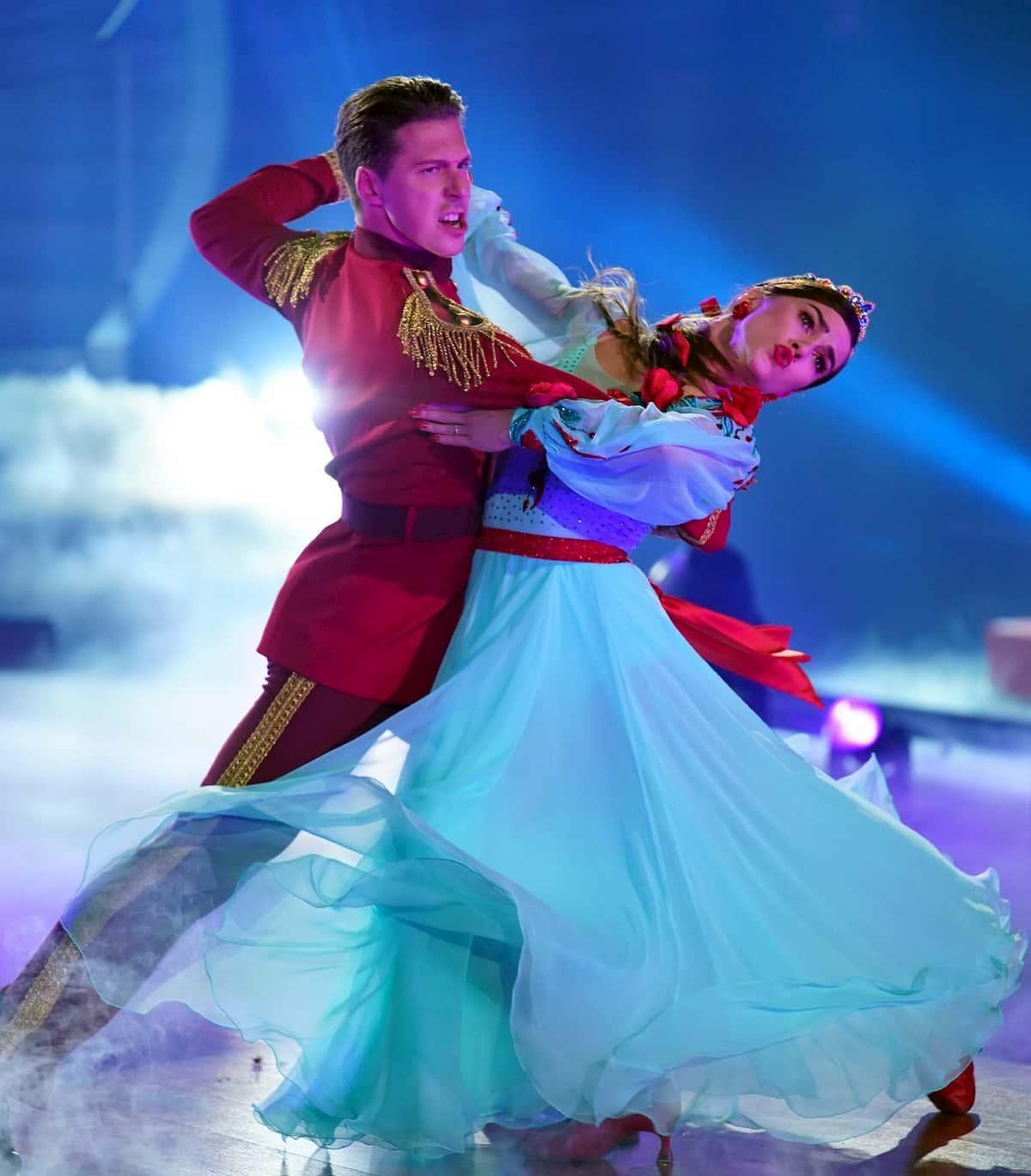 Valentin Lusin - Renata Lusin bei der Profi-Challenge Let's dance am 29.5.2020